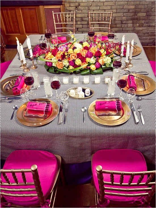 Rolled Persian Carpet Style Tied With Golden And Silver Ribbons Teled Cords Offer Simple Elegant Table Decorations That Add More Fun Joy
