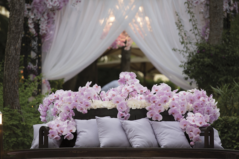 I instantly fell in love with Maison Des Fleurs because their portfolio of weddings is just incredible. Im in love with the pale purple orchids in the