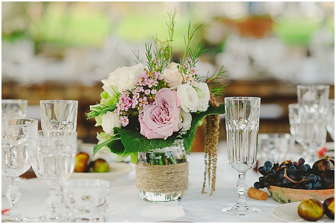 Rustic wedding in Tuscany - Featured on My Lovely Wedding Blog. Mason jar with flowers for a rustic wedding. Lovely details.
