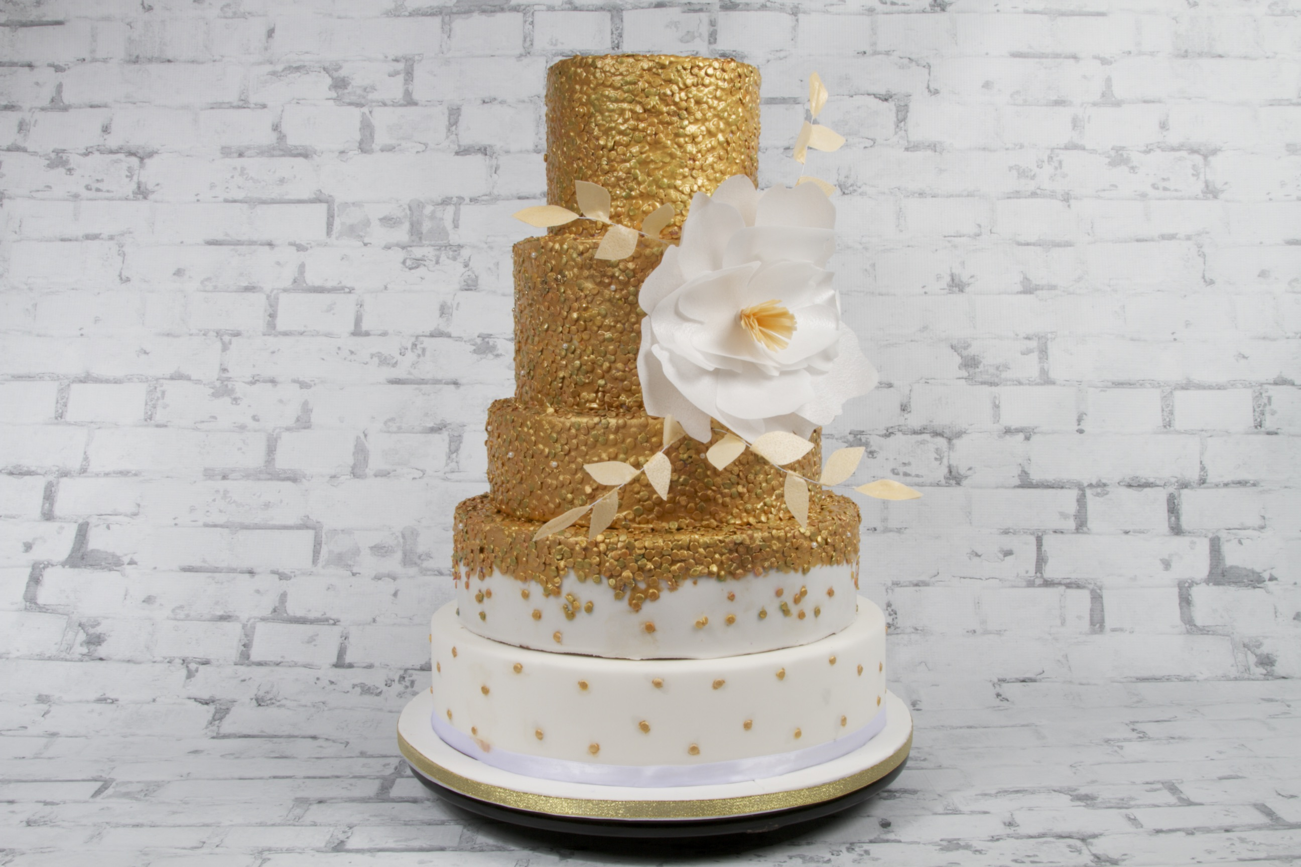 Wedding Cake Dubai Maker Baking Cakes In Uae Bride Designs